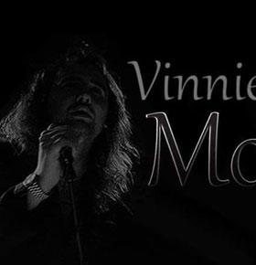 koncert-vinnie-moon-club-komin-sosnowiec-min