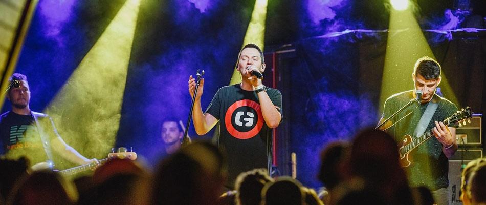 koncert-gutek-arenda-lochy-zamek-bedzin