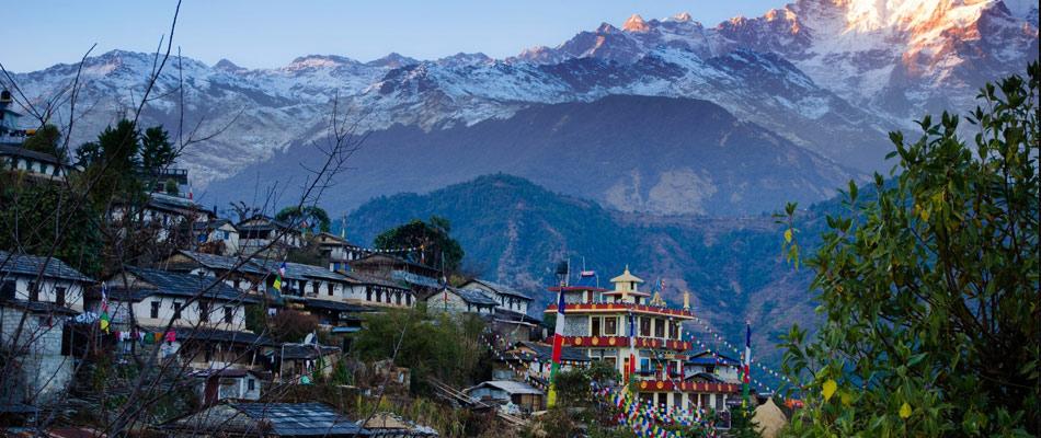 spotkanie-nepal-krolestwo-chmur-lochy-zamek-bedzin
