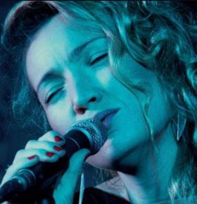 koncert-julia-sawicka-pkz-dabrowa-gornicza-min