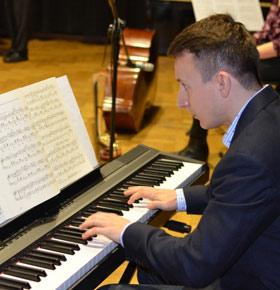 recital-fortepianowy-krzysztof-wlodarczyk-pkz-dabrowa-gornicza-min
