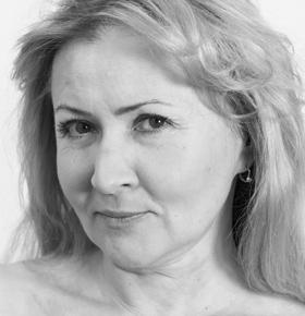 wieczor-z-aktorka-maria-bienkowska-artkwarium-sosnowiec-min